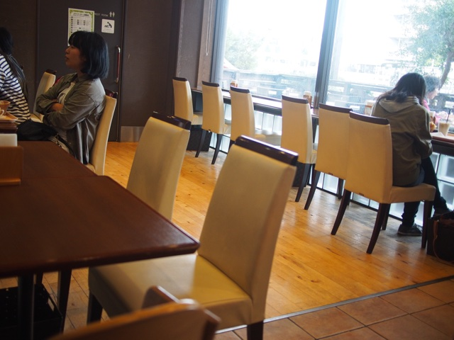 CAFE&BAKERY SWAN